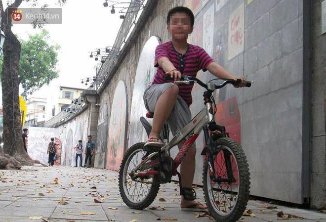 Cuộc sống của bé trai 10 tuổi bị bố và mẹ kế bạo hành đến rạn sọ não ở Hà Nội giờ ra sao? - Ảnh 5.
