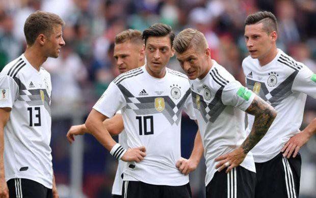 Hành động này đã khiến sao trẻ của ĐT Đức bị 'ném đá' sau trận thua Mexico - Ảnh 1.