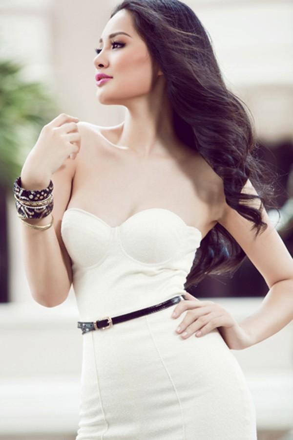 Cuộc sống của mỹ nhân Việt 7 lần thi hoa hậu, được vinh danh đẹp nhất châu Á giờ ra sao? - Ảnh 12.