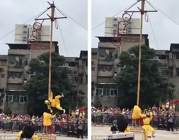 Đang nhào lộn ở độ cao 10m, Tôn Ngộ Không bất ngờ ngã xuống đất khiến nhiều người sợ hãi - Ảnh 3.