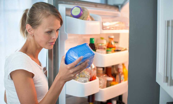 Chỉ cần nhét một tờ giấy vào khe cửa tủ lạnh, bạn có thể tiết kiệm tiền điện đáng kể cho nhà mình ngay tháng này - Ảnh 4.