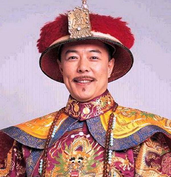 Hoàng A Mã Trương Thiết Lâm: Đi tu vì tai tiếng, tái xuất làng giải trí ở tuổi 61 - Ảnh 1.