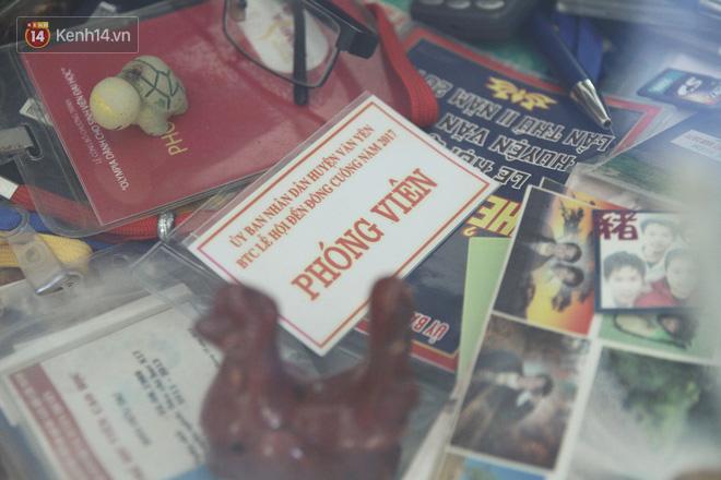 Về thăm Đinh Hữu Dư sau 8 tháng lũ dữ Yên Bái cuốn anh đi: Tìm thấy những trang nhật ký tuổi 20 của chàng phóng viên bạc mệnh - Ảnh 2.