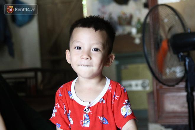 Về thăm Đinh Hữu Dư sau 8 tháng lũ dữ Yên Bái cuốn anh đi: Tìm thấy những trang nhật ký tuổi 20 của chàng phóng viên bạc mệnh - Ảnh 11.