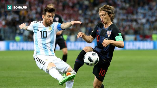 Messi hoàn toàn câm lặng, Argentina bị hủy diệt dưới tay Croatia - Ảnh 1.
