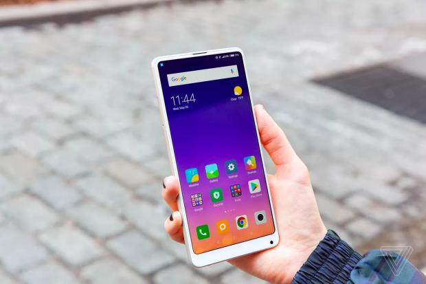 4 smartphone độc nhất vô nhị của làng di động nửa đầu năm 2018 - Ảnh 4.