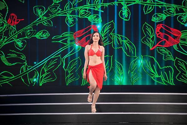 NÓNG: Phát hiện lỗi sai khó tin về 5 người đẹp thi bikini Chung khảo phía Nam Hoa hậu Việt Nam - Ảnh 16.