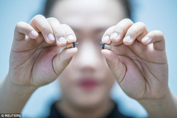 Những thiết bị gian lận thi cử tinh vi như của điệp viên tại Trung Quốc - Ảnh 4.