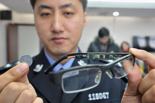 Những thiết bị gian lận thi cử tinh vi như của điệp viên tại Trung Quốc - Ảnh 10.