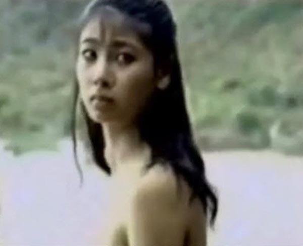 """Nhan sắc gợi cảm của Hoa hậu Việt Nam dám đóng cảnh """"nóng"""" - Ảnh 1."""
