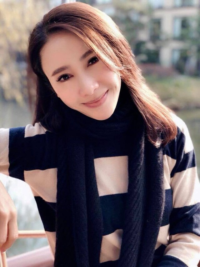 Dàn mỹ nhân Ỷ Thiên Đồ Long Ký TVB sau 18 năm: Chỉ 2 người có cuộc sống thập toàn thập mỹ, còn lại đánh mất hào quang chật vật sống qua ngày  - Ảnh 2.