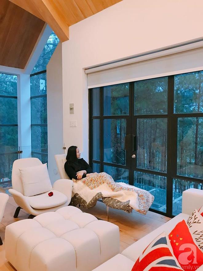 Biệt thự đẹp lãng mạn trên đồi thông ở Đà Lạt trị giá 25 tỷ đồng của siêu mẫu Phan Như Thảo và chồng đại gia  - Ảnh 12.