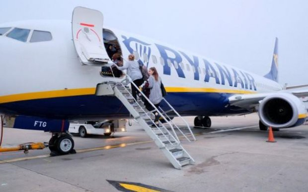 Chi phí đào tạo đắt đỏ và cuộc khủng hoảng thiếu phi công trên thế giới - Ảnh 4.