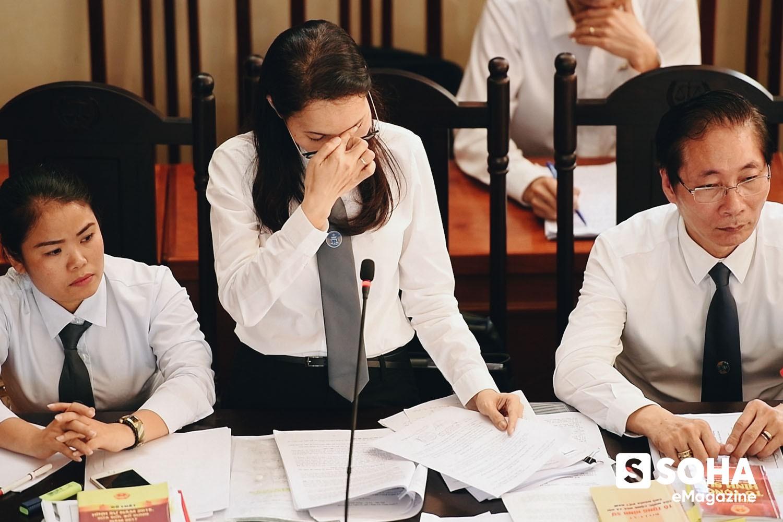 Vợ chồng luật sư bẻ chiều vụ án chạy thận: Hơn một lần rùng mình kinh hãi; bảo vệ BS Lương trở thành thứ yếu! - Ảnh 5.