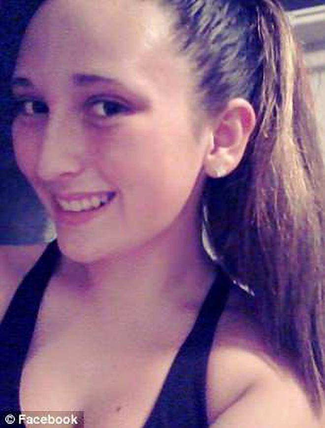 Mỹ: Thiếu nữ chết đuối trong bồn tắm vì tai nạn quái dị - Ảnh 1.