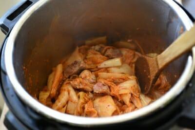 Công thức nấu canh kim chi chuẩn vị Hàn không phải ai cũng biết - Ảnh 4.