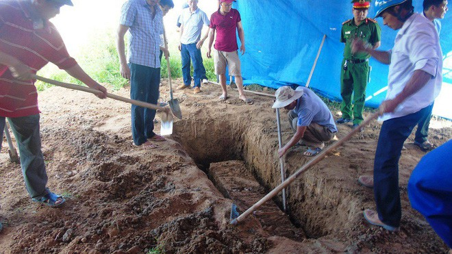 Vụ khai quật tử thi nữ kế toán: Luật sư nói chiếc bật lửa gần thi thể chưa được làm rõ - Ảnh 2.
