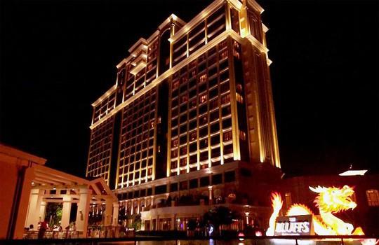 Ưu đãi lớn cho casino, công ty ngoài đặc khu lo ngại - Ảnh 1.
