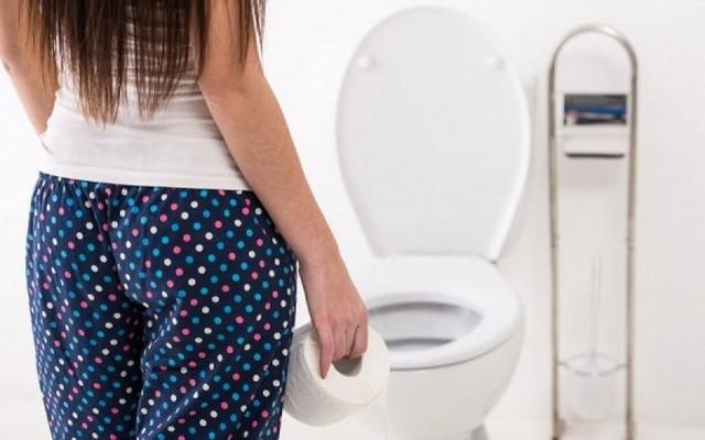 Dấu hiệu tiết lộ cơ thể đang mất nước nghiêm trọng cho dù bạn không thấy khát - Ảnh 4.