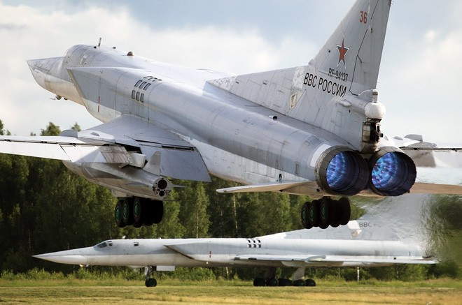 Gấu Nga nuôi quân ba năm, dùng một giờ: Trở lại và lợi hại hơn xưa! - Ảnh 4.