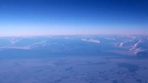 Tại sao các hãng hàng không không bay qua vùng cực? - Ảnh 3.