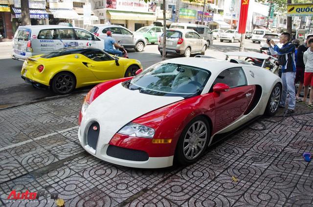 HOT: Bugatti Veyron chính thức dừng hành trình xuyên Việt, sắp lên xe chuyên dụng để về Sài Gòn bảo dưỡng  - Ảnh 1.