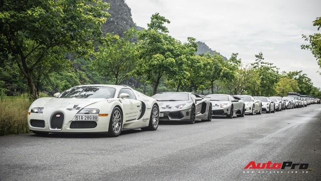 HOT: Bugatti Veyron chính thức dừng hành trình xuyên Việt, sắp lên xe chuyên dụng để về Sài Gòn bảo dưỡng  - Ảnh 2.