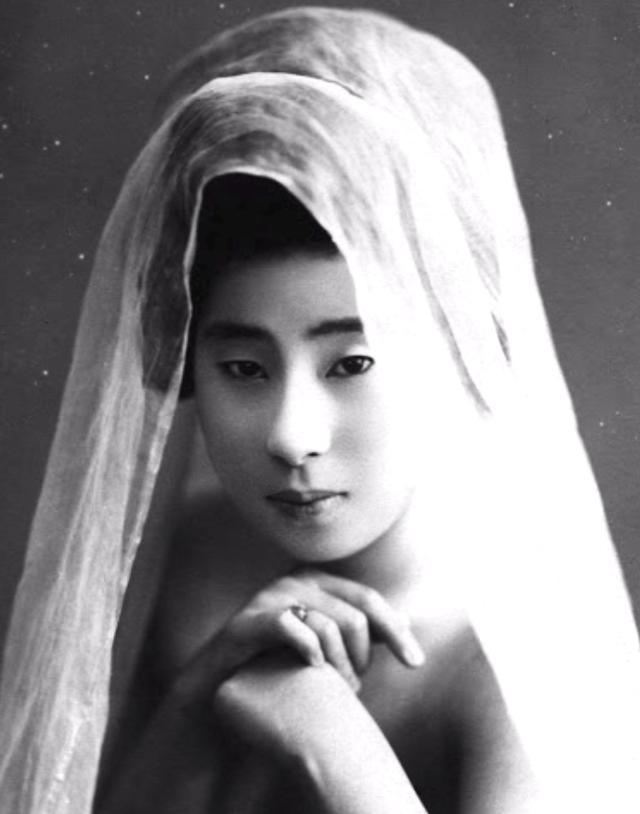 15 bức ảnh mặt mộc không son phấn của các nàng geisha thế kỷ 19 đẹp đến ngỡ ngàng làm bạn không thể rời mắt - Ảnh 12.