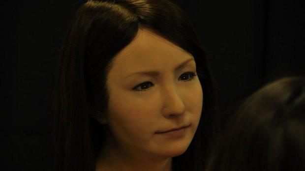 4 robot xinh đẹp không kém Sophia, nhìn từ xa trông chẳng khác gì hot girl - Ảnh 2.