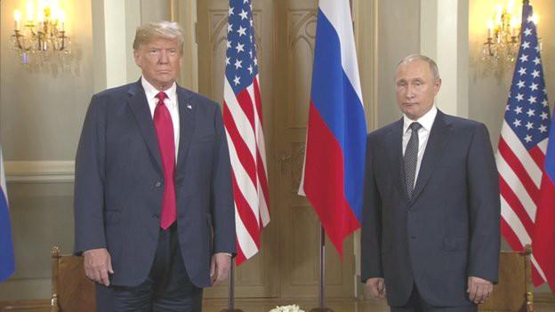 Tổng thống Nga-Mỹ bắt tay chóng vánh, thái độ nghiêm nghị