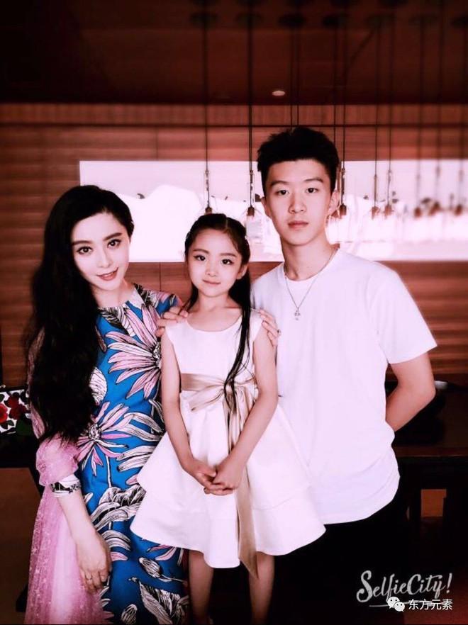 Em họ 7 tuổi xinh đẹp của Phạm Băng Băng chính thức nối gót chị, dấn thân vào showbiz - Ảnh 10.