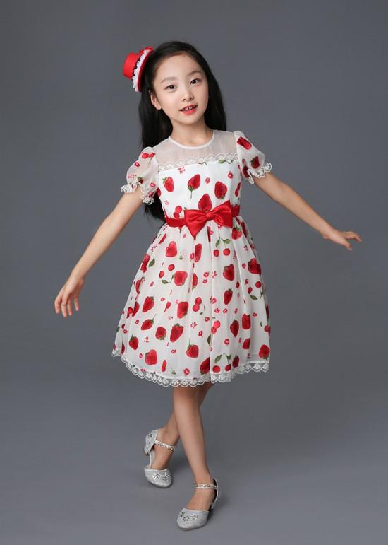 Em họ 7 tuổi xinh đẹp của Phạm Băng Băng chính thức nối gót chị, dấn thân vào showbiz - Ảnh 8.