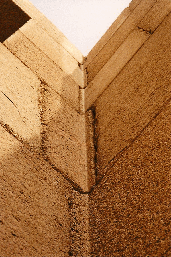 Sự phi lý thách thức mọi khái niệm logic của những tảng cự thạch khổng lồ  - Ảnh 4.