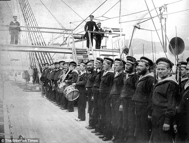 Phân chia kho báu khổng lồ từ tàu tuần dương bị đắm: Nga sẽ nhận lại hơn 100 tấn vàng? - Ảnh 3.
