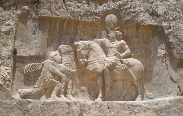 Lăng mộ hùng vĩ của những vị vua Ba Tư quyền lực nhất: Xây trên cả quả núi - Ảnh 5.