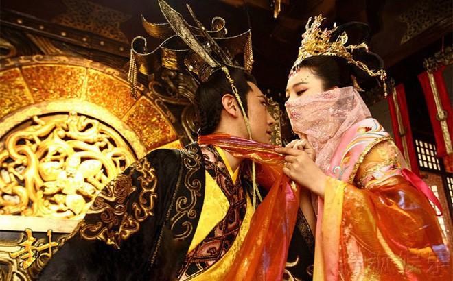 Hoàng đế TQ ít người sống qua tuổi 50: Lao lực vì những thủ đoạn tranh sủng của phi tần - Ảnh 1.