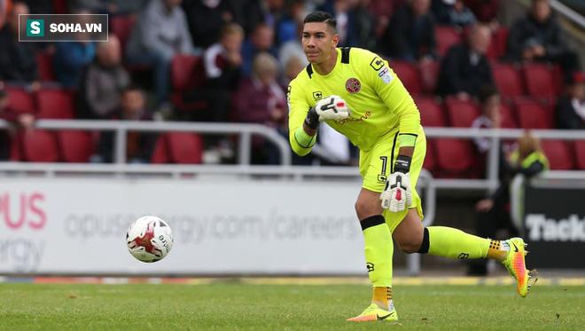 Đội bóng Premier League chính thức trao số áo quan trọng cho cầu thủ Đông Nam Á - Ảnh 1.