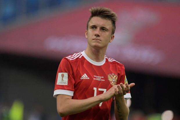 Trai đẹp của tuyển Nga được fan nữ săn lùng ở World Cup 2018 sắp gia nhập Chelsea - Ảnh 1.