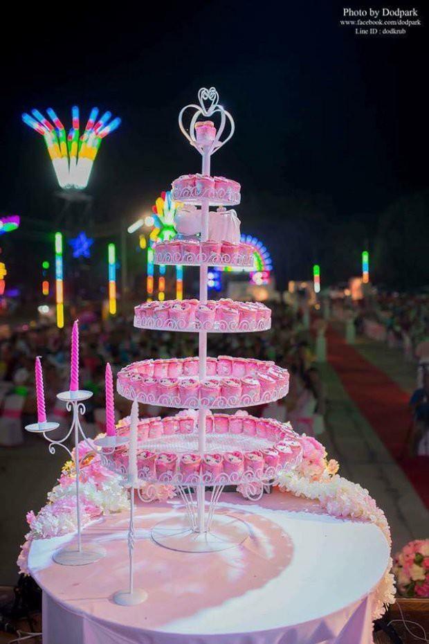 Trở về tuổi thơ với đám cưới Hello Kitty của cặp đôi 9X - Ảnh 4.