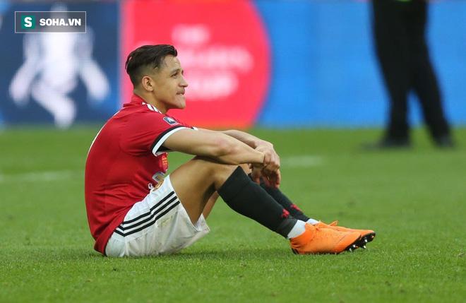 Chặt cụt cánh xong bắt Alexis Sanchez bay, thì bay kiểu gì hả Mourinho? - Ảnh 1.
