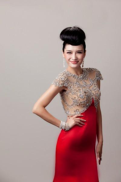 Loạt Hoa hậu châu Á xấu đi vào lịch sử: Người đôi mươi mà trông như bà cô U50, kẻ bị chê nhan sắc đáng sợ đến mức kinh dị - Ảnh 20.