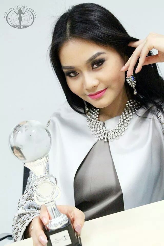 Loạt Hoa hậu châu Á xấu đi vào lịch sử: Người đôi mươi mà trông như bà cô U50, kẻ bị chê nhan sắc đáng sợ đến mức kinh dị - Ảnh 26.