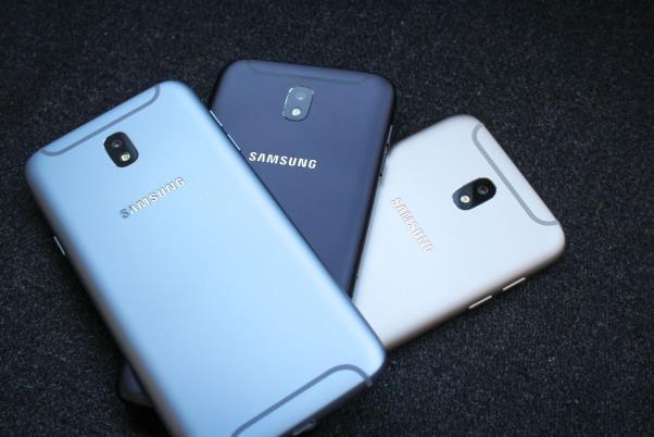 Galaxy J8 - quyết tâm giữ vững ngôi vương phân khúc tầm trung của Samsung - Ảnh 2.