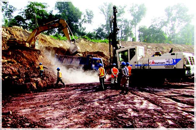 Vụ vỡ đập thủy điện ở Lào: Những hình ảnh thi công gói thầu 385 tỷ đồng của công ty VN - Ảnh 4.