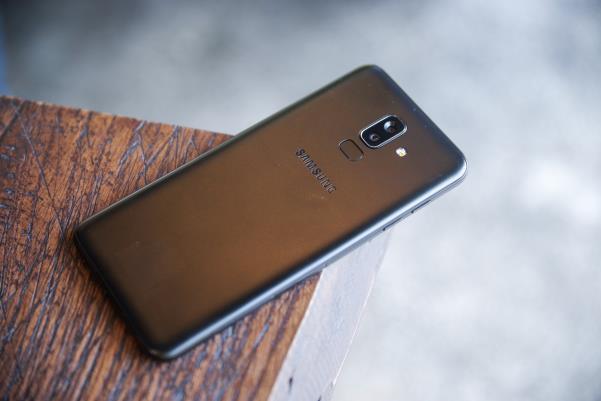 Galaxy J8 - quyết tâm giữ vững ngôi vương phân khúc tầm trung của Samsung - Ảnh 4.
