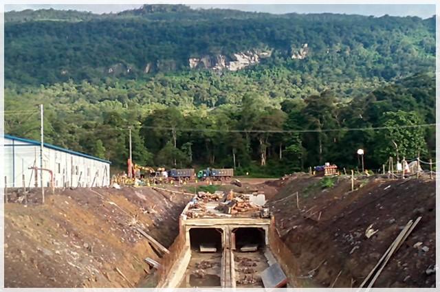 Vụ vỡ đập thủy điện ở Lào: Những hình ảnh thi công gói thầu 385 tỷ đồng của công ty VN - Ảnh 10.