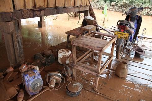 """Vỡ đập thủy điện tại Lào: """"Nước lên nhanh nên không kịp mang gì hết"""" - Ảnh 1."""