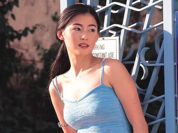 Thời thế đổi thay, nhưng vẻ đẹp của các ngọc nữ điện ảnh Hong Kong thập niên 80 - 90 vẫn xứng danh tường thành nhan sắc - Ảnh 8.