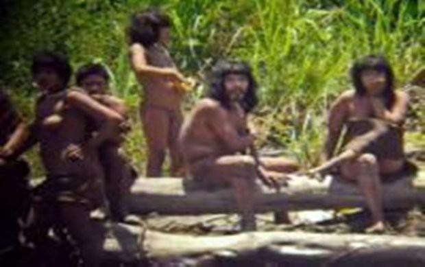 Cận cảnh cuộc sống trong rừng Amazon của các bộ lạc biệt lập với thế giới hiện đại - Ảnh 13.
