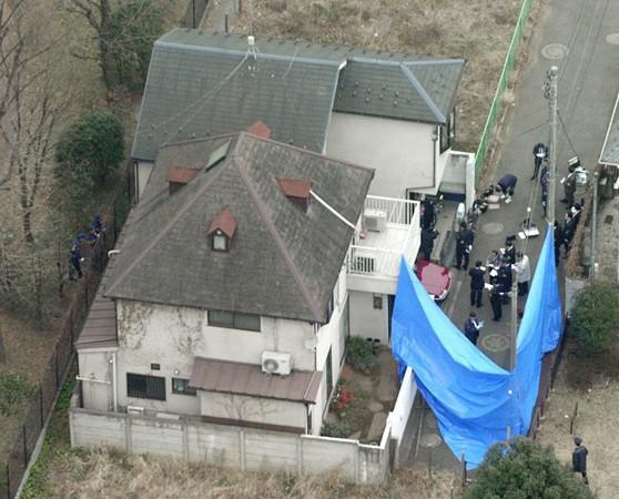 Thảm sát Setagaya: Gia đình 4 người bị giết sạch, hiện trường đầy dấu vân tay và ADN của hung thủ nhưng vụ án vẫn bế tắc suốt 18 năm - Ảnh 4.